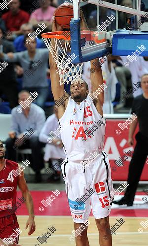2012-05-22 / Basketbal / seizoen 2011-2012 / Play-Offs / Antwerp Giants - Charleroi / Julian Vaughn (Antwerp)..Foto: Mpics.be