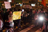 SAO PAULO, 07 DE JUNHO DE 2013 - PROTESTO AUMENTO TARIFA - Milhares de pessoas protestam contra o aumento da tarifa do transporte publico, na Avenida Faria Lima, região oeste da capital, no fim da tarde desta sexta feira, 07. (FOTO: ALEXANDRE MOREIRA / BRAZIL PHOTO PRESS)