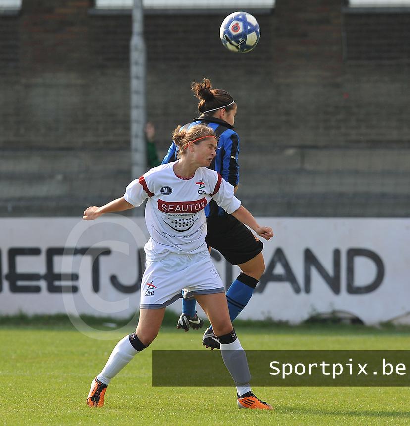 Club Brugge Dames - OHL Oud Heverlee Leuven Dames : duel tussen Ellen Charlier en Elien Van Wynendaele.Foto David Catry / Vrouwenteam.be