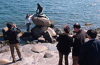 Daenemark, kleine Seejungfrau ( Lille Havfrue ) in  Kopenhagen