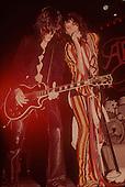 AEROSMITH, LIVE, SESSION, BACKSTAGE, LOCATION, 1975, NEIL ZLOZOWER