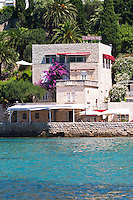 Small hotel Villa Wolff by the sea. Uvala Sumartin bay between Babin Kuk and Lapad peninsulas. Dubrovnik, new city. Dalmatian Coast, Croatia, Europe.
