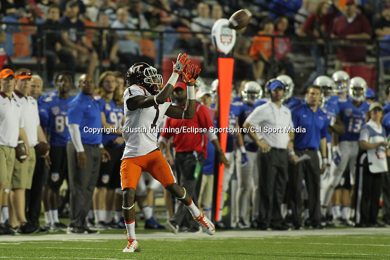 December 26, 2015: Virginia Tech WR Isaiah Ford catching a pass during the 2nd half of the Camping World Independence Bowl at Independence Stadium in Shreveport, LA. Justin Manning/ESW/CSM