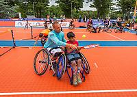 Den Bosch, Netherlands, 16 June, 2017, Tennis, Ricoh Open,  KNLTB Plaza, Clinic met Maikel Scheffers<br /> Photo: Henk Koster/tennisimages.com