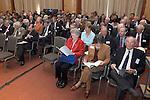 ALV 2007 van de NGF. rechts erelid Toto Strumphler