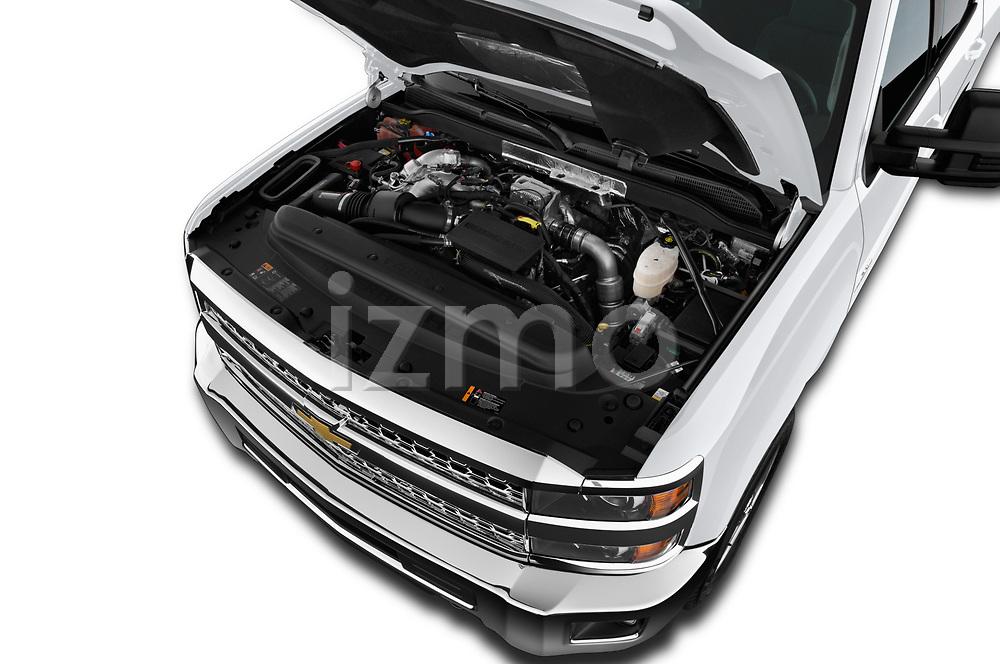 Car stock 2018 Chevrolet Silverado 2500 LT Crew Cab 4 Door Pick Up engine high angle detail view