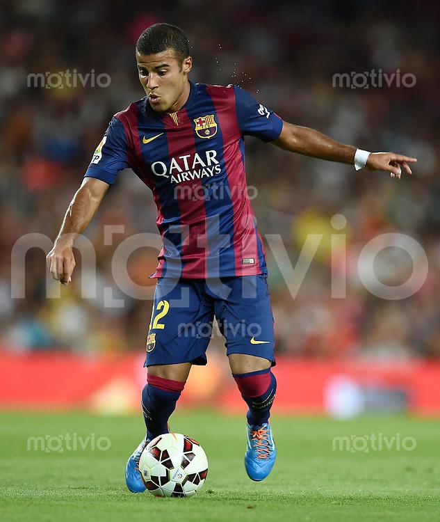 FUSSBALL  INTERNATIONAL   SAISON 2011/2012   18.08.2014 Gamper Cup 2014 FC Barcelona - Leon FC Rafael Alcantara (Barca) am Ball
