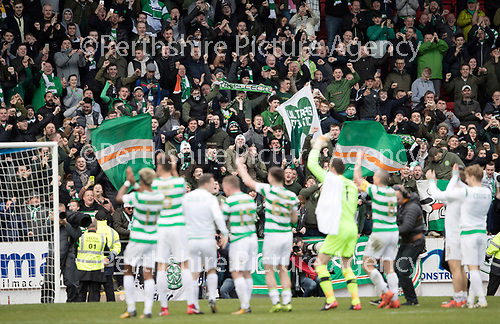 St Johnstone v Celtic&hellip;04.11.17&hellip;  McDiarmid Park&hellip;  SPFL<br />The Celtic players celebrate a record 64 games undefeated with their fans at full time<br />Picture by Graeme Hart. <br />Copyright Perthshire Picture Agency<br />Tel: 01738 623350  Mobile: 07990 594431