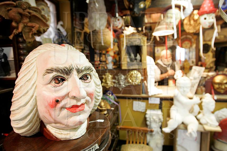 Maschere nella bottega Mondonovo a Venezia.<br /> Interior of the mask laboratory shop Mondonovo in Venice.<br /> UPDATE IMAGES PRESS/Riccardo De Luca