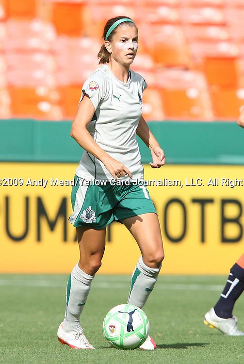 18 July 2009: Saint Louis' Angie Woznuk. The Washington Freedom defeated Saint Louis Athletica 1-0 at the RFK Stadium in Washington, DC in a regular season Women's Professional Soccer game.