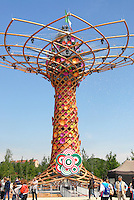 Milan 2 May 2015<br /> Expo 2015, nella foto l'Albero della Vita, simbolo dell'EXPO 2015<br /> Expo 2015, in the picture the Tree of Life, a symbol of EXPO 2015 <br /> Photo Livio Senigalliesi