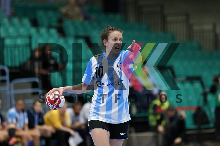 Kolding (DK), 010.12.15, Sport, Handball, 22th Women's Handball World Championship, Vorrunde, Gruppe C, Argentinien-Brasilien : Victoria Crivelli (Argentinien, #10)<br /> <br /> Foto &copy; PIX-Sportfotos *** Foto ist honorarpflichtig! *** Auf Anfrage in hoeherer Qualitaet/Aufloesung. Belegexemplar erbeten. Veroeffentlichung ausschliesslich fuer journalistisch-publizistische Zwecke. For editorial use only.