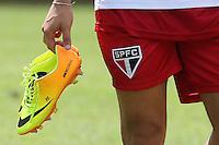 SAO PAULO, SP, 12.02.2014 - TREINO SPFC - Alexandre Pato durante treino no centro de treinamento Barra Funda na regiao oeste da cidade de Sao Paulo nesta quarta-feira, 12. (Foto: Vanessa Carvalho / Brazil Photo Press).