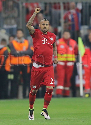 05.04.2016. Munich, Germany.  Arturo Vidal (FC Bayern Muenchen) celebrates as he scores for Bayern for 1:0 Champions League FC Bavaria Munich versus Benfica Lisbon
