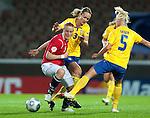 Isabell Herlovsen, Stina Segerström, Caroline Seger, QF, Sweden-Norway, Women's EURO 2009 in Finland, 09042009, Helsinki Football Stadium.