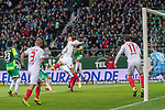 10.02.2019, Weser Stadion, Bremen, GER, 1.FBL, Werder Bremen vs FC Augsburg, <br /> <br /> DFL REGULATIONS PROHIBIT ANY USE OF PHOTOGRAPHS AS IMAGE SEQUENCES AND/OR QUASI-VIDEO.<br /> <br />  im Bild<br /> <br /> kopfball Niklas Moisander (Werder Bremen #18) an den Arm von Dong-Won Ji (FC Augsburg #22)<br /> <br /> Foto © nordphoto / Kokenge