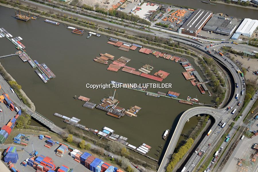 Travehafen: EUROPA, DEUTSCHLAND, HAMBURG 20.04.2015 Travehafen