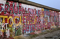 Pro-abortion graffiti - Berlin Wall west zone.10 November 1989