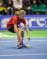 December 20, 2014, Rotterdam, Topsport Centrum, Lotto NK Tennis, Woman's semifinal, ballgirl<br /> Photo: Tennisimages/Henk Koster