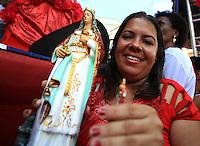 SALVADOR, BA, 04.12.2015 - SANTA BÁRBARA-BA - Católicos e adeptos do candomblé reverenciam Santa Barbara – Iansã no sincretismo.  A festa acontece no Largo do Pelourinho em Salvador (BA).  (Foto: Joá Souza / Brazil Photo Press).