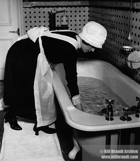 Parlourmaid prepares bath
