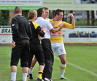 KVC Wingene - KSC Wielsbeke : vreugde bij Wielsbeke na het doelpunt van Angelito Bultynck. 0-2  (rechts)<br /> foto VDB / Bart Vandenbroucke