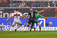 Chance für Luka Jovic (Eintracht Frankfurt) gegen Torwart Ron-Robert Zieler (VfB Stuttgart) und Marc Oliver Kempf (VfB Stuttgart) - 31.03.2019: Eintracht Frankfurt vs. VfB Stuttgart, Commerzbank Arena, DISCLAIMER: DFL regulations prohibit any use of photographs as image sequences and/or quasi-video.
