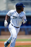 Charlotte Stone Crabs Moises Gomez (21) runs to first base during a Florida State League game against the Dunedin Blue Jays on April 17, 2019 at Charlotte Sports Park in Port Charlotte, Florida.  Charlotte defeated Dunedin 4-3.  (Mike Janes/Four Seam Images)