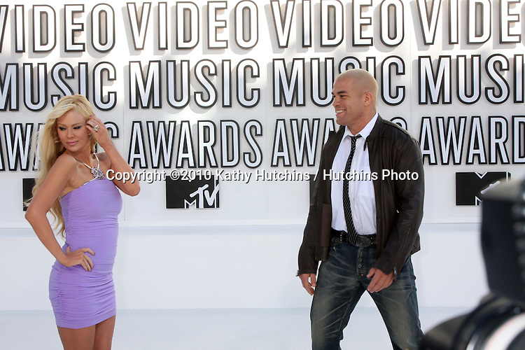 LOS ANGELES - SEP 12:  Jenna Jameson & Tito Ortiz arrives at the 2010 MTV Video Music Awards  at Nokia LA Live on September 12, 2010 in Los Angeles, CA.