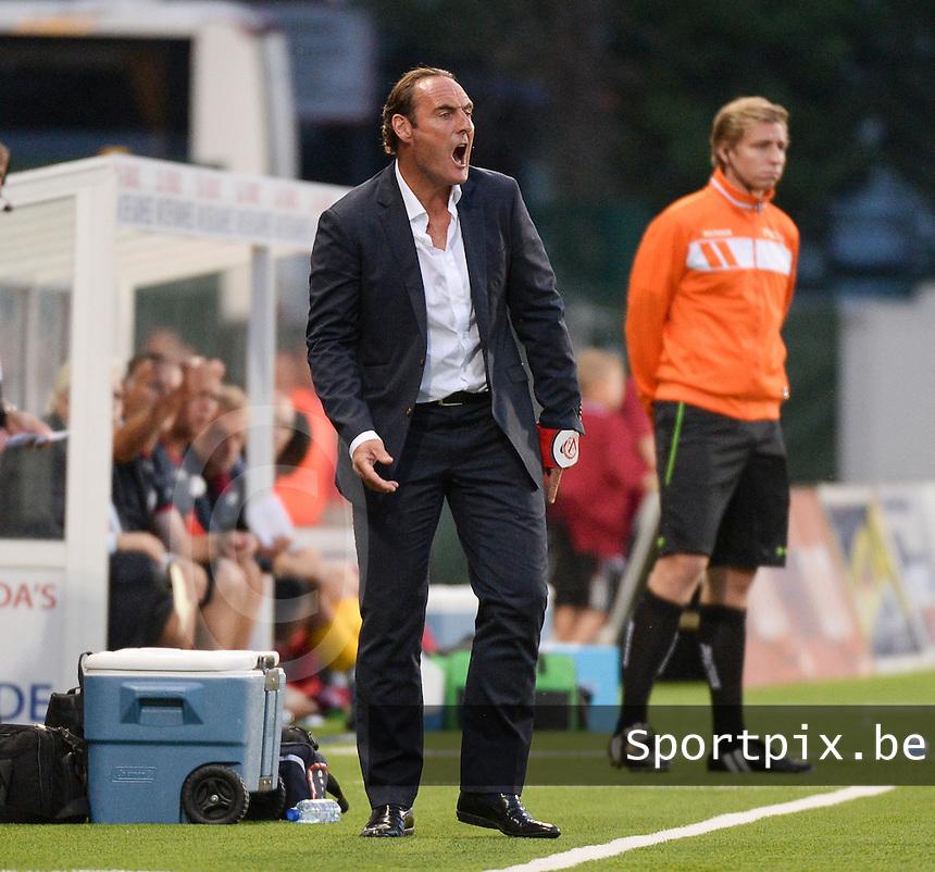 KV Kortrijk  : coach Yves Vanderhaeghe <br /> foto VDB / BART VANDENBROUCKE