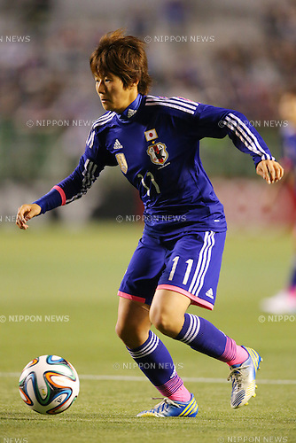 Chinatsu Kira (JPN), <br /> MAY 6, 2014 - Football /Soccer :  <br /> International friendly match<br /> between Japan 2-1 New Zealand <br /> at Kincho Stadium, Osaka, Japan. (Photo by Yohei Osada/AFLO SPORT)
