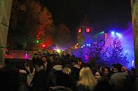 Besucher auf dem Weg zur Burg Frankenstein - Mühltal 03.11.2018: Halloween auf der Burg Frankenstein