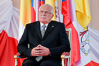 The Czech President Vaclav Klaus listens to the speech of Pope Benedict XVI during the welcome ceremony at the Prague Airport, Czech Republic, 26 September 2009.