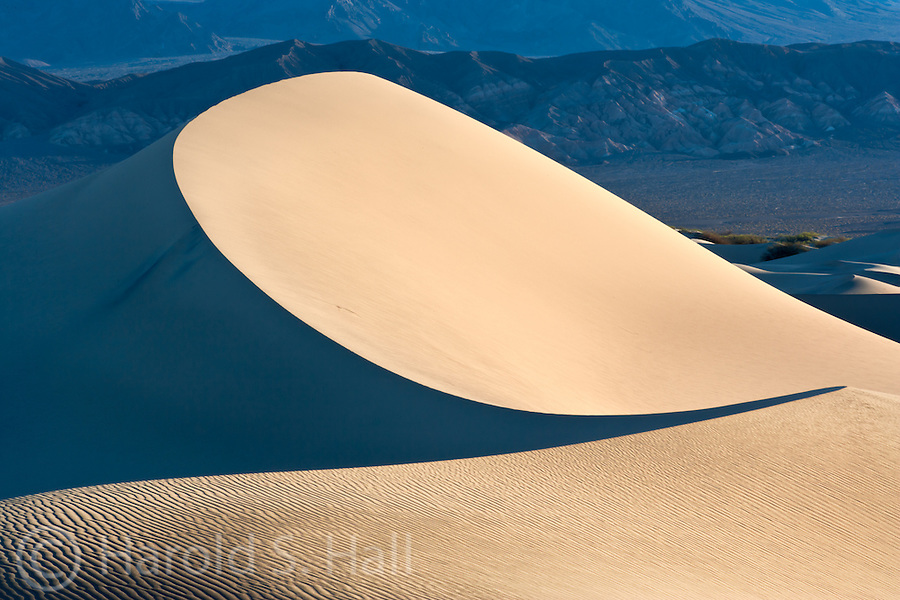 Sunrise in Mesquite Sand Dunes in Death Valley California