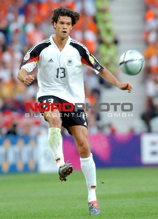 Europameisterschaft 2004 Portugal<br /> <br /> <br /> <br /> Deutschland - Niederlande<br /> <br /> <br /> <br /> Michael Ballack (Deutschland)<br /> <br /> <br /> <br /> Foto &copy; nordphoto