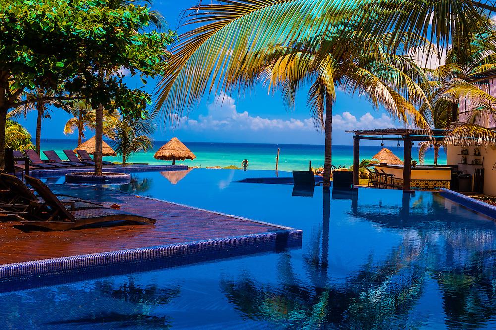 Infinity Pool Hotel