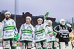 Stockholm 2014-03-01 Bandy SM-semifinal 1 Hammarby IF - V&auml;ster&aring;s SK :  <br /> V&auml;ster&aring;s Ted Bergstr&ouml;m vinkar till V&auml;ster&aring;s supportrar efter matchen med en halsduk i handen <br /> (Foto: Kenta J&ouml;nsson) Nyckelord:  VSK Bajen HIF jubel gl&auml;dje lycka glad happy supporter fans publik supporters