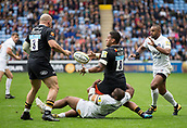 1st October 2017, Ricoh Arena, Coventry, England; Aviva Premiership rugby, Wasps versus Bath Rugby;  Wasps lock Nathan Hughes passes out of the tackle