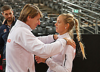 Februari 04, 2015, Apeldoorn, Omnisport, Fed Cup, Netherlands-Slovakia, Training Dutch team, captain Paul Haarhuis with Arantxa Rus<br /> Photo: Tennisimages/Henk Koster