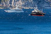 Europe/France/Provence-Alpes-Côte d'Azur/Alpes-Maritimes/Villefranche-sur-Mer: Rade de Villefranche , Yachts // Europe, France, Provence-Alpes-Côte d'Azur, Alpes-Maritimes, Villefranche sur Mer:  Bay of Villefranche sur Mer: Yachts