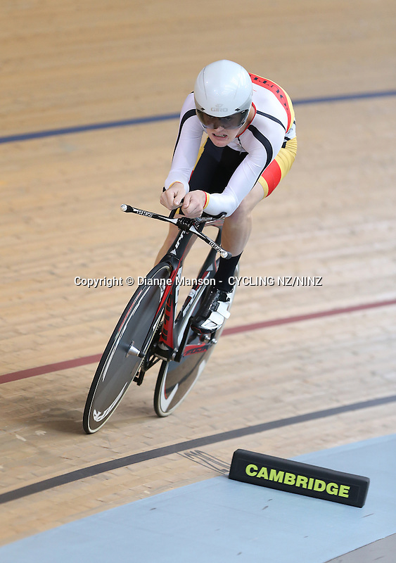 in the Skoda Elite & U19 Track National Championships at the Avantidrome, Cambridge, New Zealand, Friday, January 30, 2015. Credit:NINZ / Dianne Manson