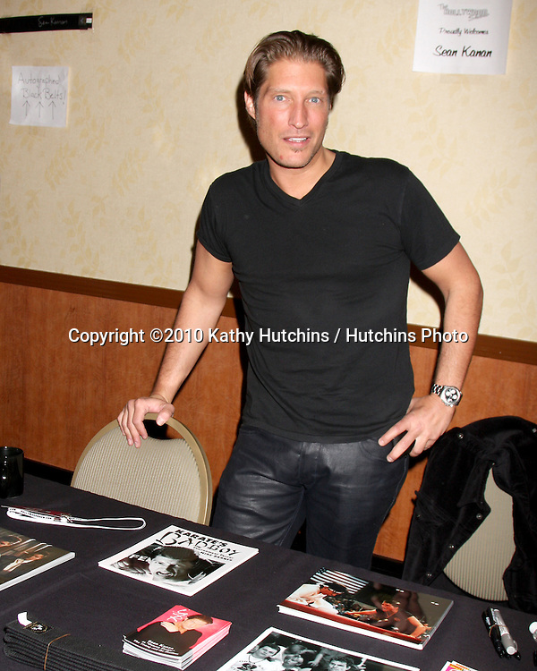 Sean Kanan.at the Hollywood Collector's Show Spring 2010.Burbank Mariott Convention Center.Burbank, CA.April 24, 2010.©2010 Kathy Hutchins / Hutchins Photo...