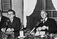 - Giulio Andreotti with Helmut Schmidt, Chancellor of the Federal Republic of Germany (September 1977)<br /> <br />  Giulio Andreotti con  Helmut Schmidt, cancelliere della Repubblica Federale Tedesca (settembre 1977)