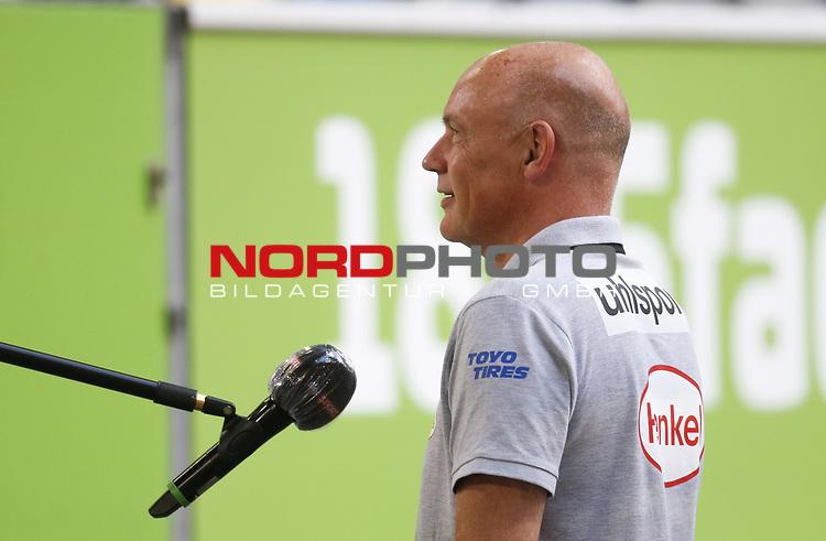 Trainer Uwe Roesler (F95)<br /><br /><br />20.06.2020, Fussball, 1. Bundesliga, Saison 2019 / 2020<br />33.Spieltag, Fortuna Duesseldorf : FC Augsburg<br /><br />Foto : NORBERT SCHMIDT/POOL/ via Meuter/nordphoto<br /><br />Nur für journalistische Zwecke ! Only for editorial use .