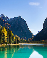 Italy, South Tyrol  (Trentino-Alto Adige), Dolomites, near Dobbiaco, (Lago di Dobbiaco) Lake Dobbiaco at Valle di Landro | Italien, Suedtirol (Trentino-Alto Adige), Dolomiten, bei Toblach, Toblacher See im Hoehlensteintal