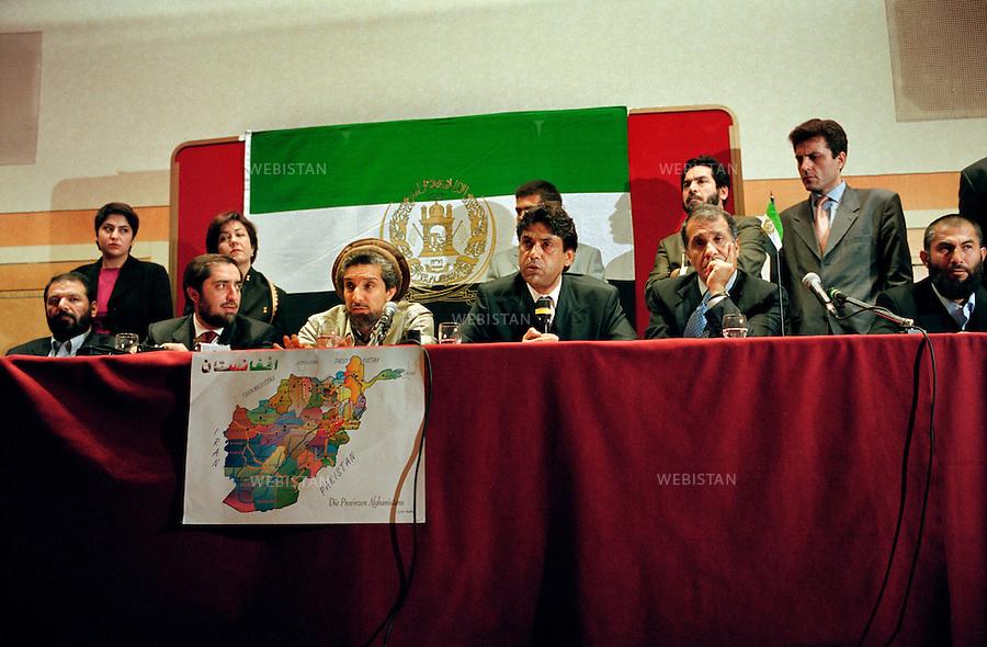 France, Paris, April 2001.<br /> Visit of Massoud in France : in April 4th and 5th, 2001.<br /> <br /> Invited by the European parliament, he came to pledge the Afghan peace. Massoud's press conference for international medias. From left to right: Doctor Abdullah Abdullah, Massoud, Homayoun Tandar, Massoud Khalili, Latif Pedram. <br /> <br /> <br /> France, Paris, Avril 2001.<br /> Visite du commandant Massoud en France : les 4 et 5 avril 2001.<br /> <br /> Invite par le Parlement europeen, il vint plaider pour la paix en Afghanistan. Conference de presse pour les medias internationaux. De gauche a droite : le Docteur Abdullah Abdullah, Massoud, Homayoun Tandar, Massoud Khalili, Latif Pedram.