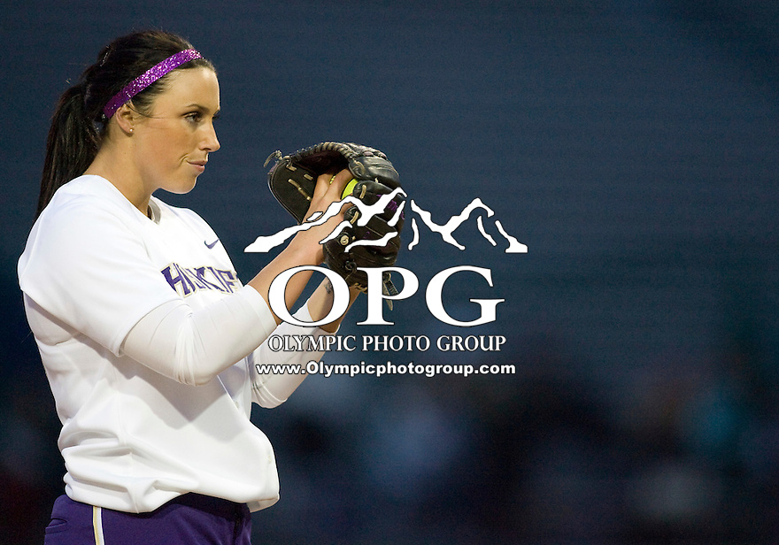 1 April 2010:  Washington Huskies all-american pitcher #15 Danielle Lawrie sets up on the mound against UCLA. UCLA defeated Washington 1-0 giving Danielle Lawrie her first loss of the season at Husky Softball Stadium in Seattle, WA.