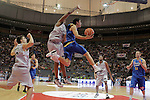Asefa Estudiantes' Jaime Fernandez (r) and DKV Juventud's Will McDonald during ACB match.October 17,2010. (ALTERPHOTOS/Acero)