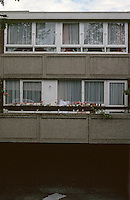 London:  Before 1960's Council Housing.  Glam's  Estate, Reocastle Close--off the highway, Wapping.  Photo '90.