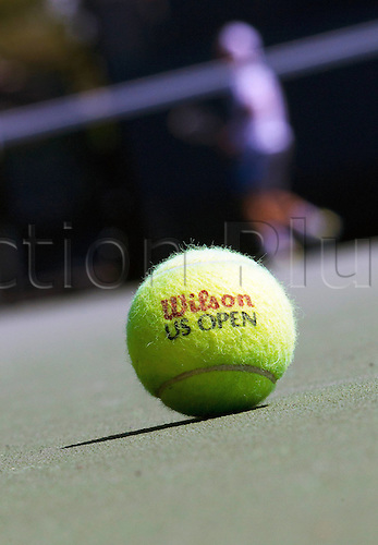 27.08.2012. New York, USA.  U.S. Open 2012 New York City New York USA   U.S. Open 2012 Grand Slam Flushing Meadows Training Picture shows a Tennis ball with the logo of the U.S. Open